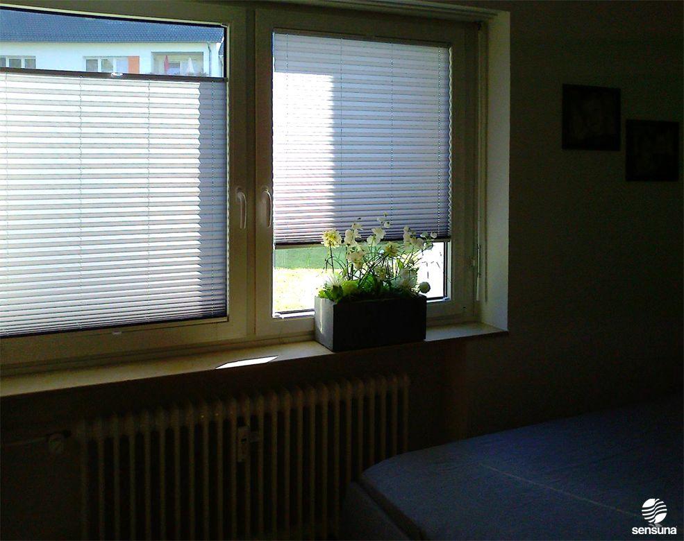 Plissee Schlafzimmer ~ Sichtschutz im schlafzimmer mit sensuna® plissees ein kundenfoto