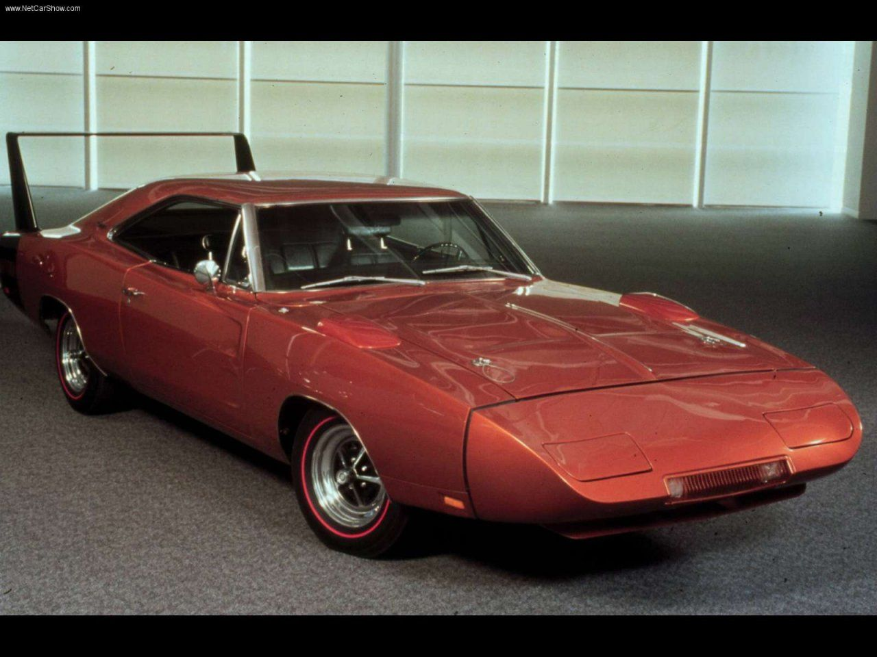 Another vintage mopar muscle car test drive this is a rare video of a 1969 dodge daytona charger with a 426 hemi engine being tested flat out at mont