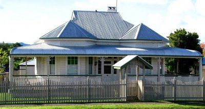 Old Australian Home With Zincalume Roof And Bullnose Verandah That Is Over The The 2 Bay Windows On Each S Australian Homes House Roof Design Australia House