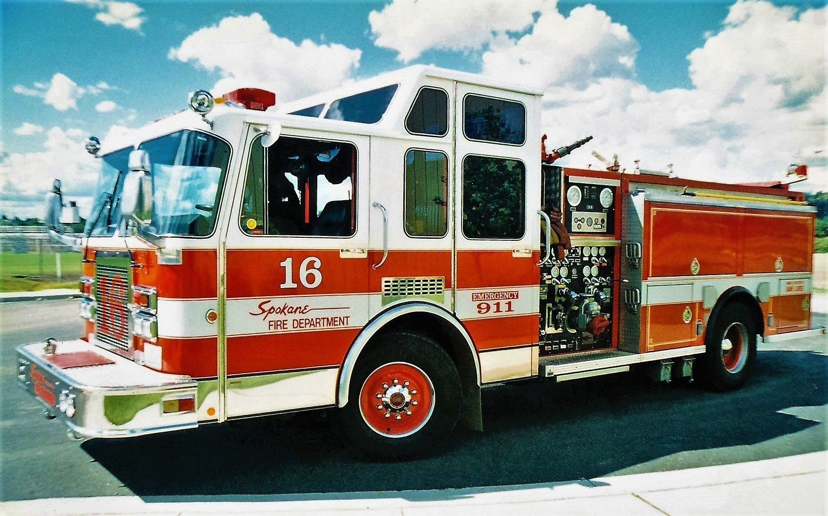 medium resolution of spokane fire department engine 16 1991 spartan central states 1500 500