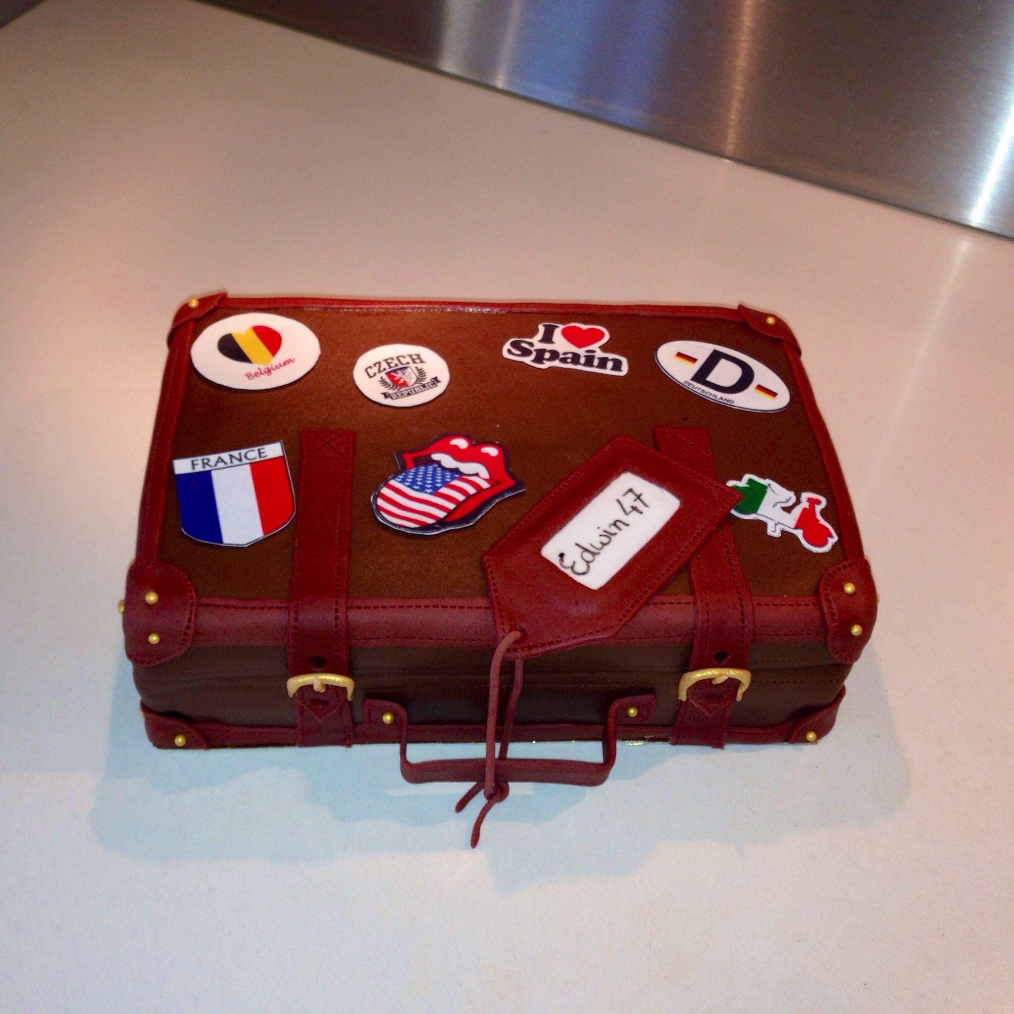 taart koffer Koffer taart   suitcase cake | Welcome home | Pinterest | Luggage  taart koffer