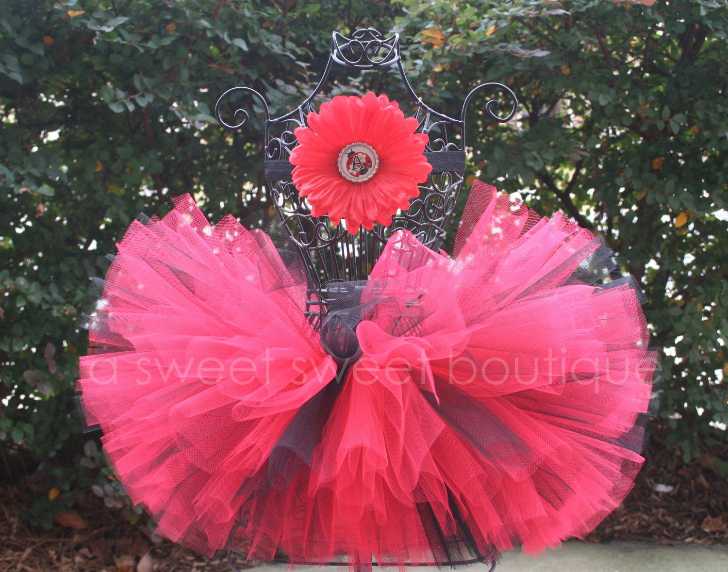 Ladybug Birthday Party Theme Couture Tutu With Matching Flower Headband. $30.00, via Etsy. I can so make this!!!