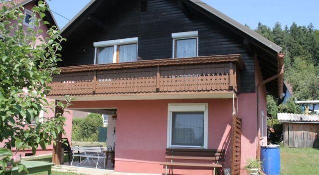 Bernadette Hofbauerstrasse 3 - #VacationHomes - EUR 58 - #Hotels #Österreich #Eberndorf http://www.justigo.com.de/hotels/austria/eberndorf/bernadette-hofbauerstrasse-3_44900.html