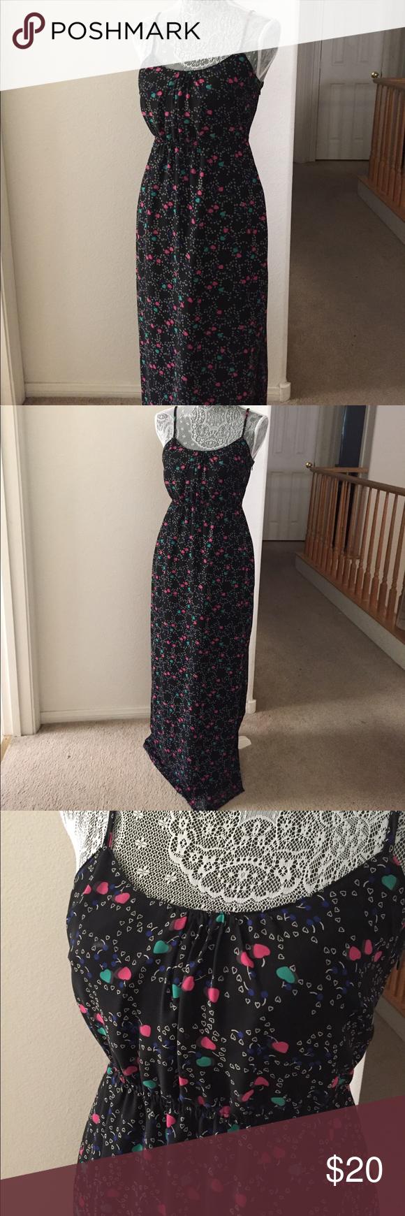 Maxi dress heart print maxi dress has pockets on both sides