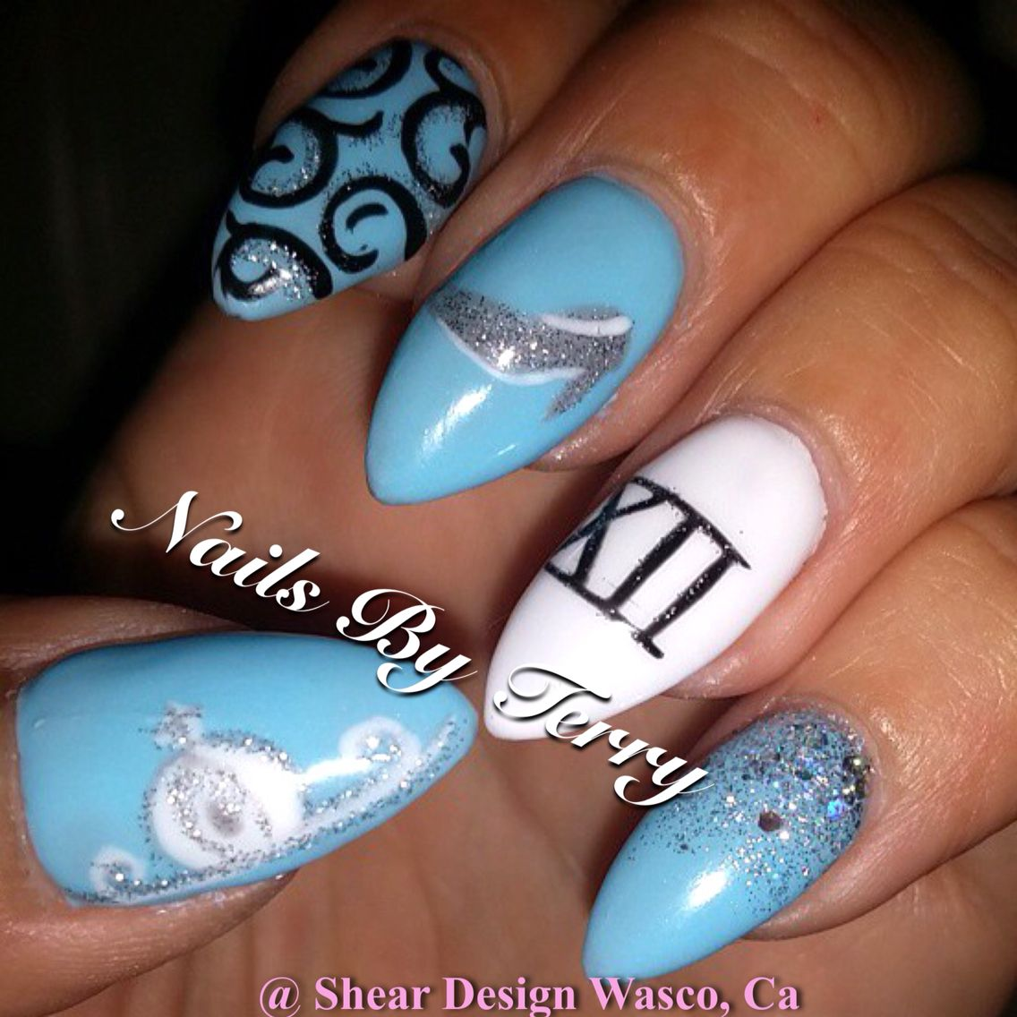 Cinderella nail art - College | Pinterest