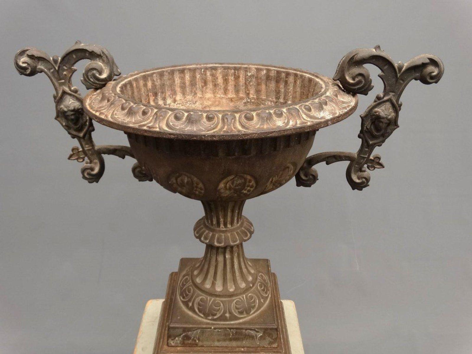 Cast Iron Urn 2 Antike Pflanzgefasse Antik
