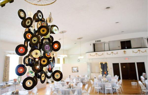 9 id es de d coration mariage avec le disque vinyle id e. Black Bedroom Furniture Sets. Home Design Ideas