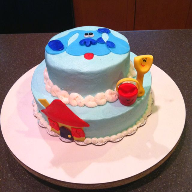 Blue's Clues inspired birthday cake... Buttercream icing (g-ma's recipe) and fondant decor