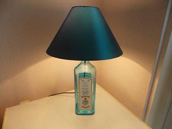 Moderne Lampen 5 : Bombay sapphire lamp botellas blue drinking glasses bombay