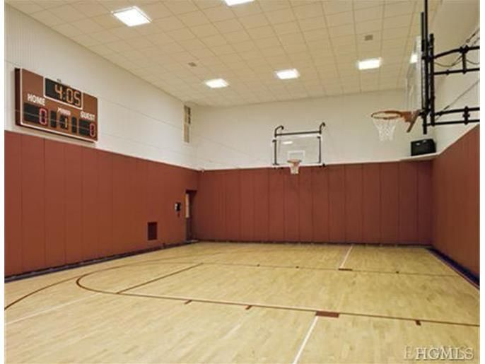 48 Haights Cross Road Chappaqua Ny 10514 Id 3401974 Mls Home Basketball Court Architectural Digest Chappaqua