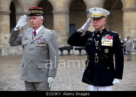 MARINE CORPS COMMANDANTS | Stock Photo - US Marine Corps General James F. Amos, commandant of the ...