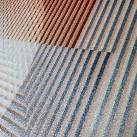 Best Trichroic Round Rug In 2020 Round Rugs Rugs Carpet Design 400 x 300