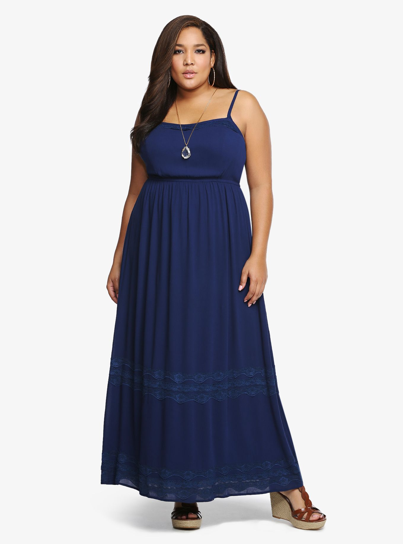 Long, Flowy evening dress for dinner at beach resort | Clothes To ...