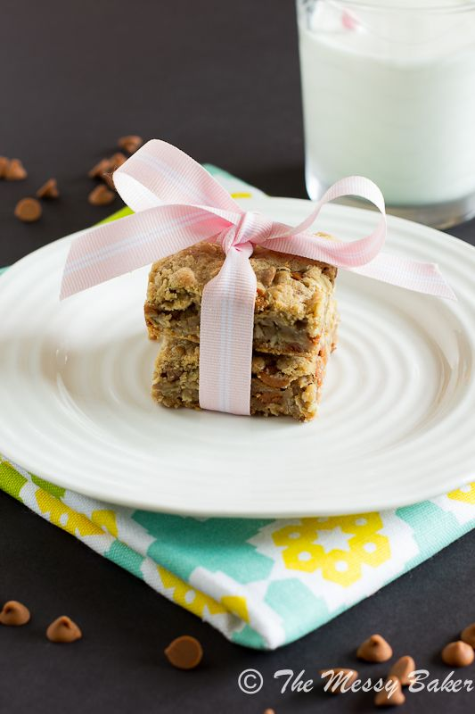 Cinnamon Chip Cookie Butter Oat Bars #cookiebutterpie