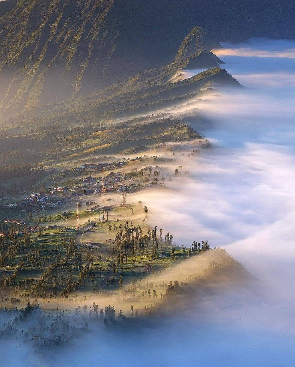 A beautiful view of cemoro lawang mount bromo in probolinggo east java indonesia photo by ig saragih erick