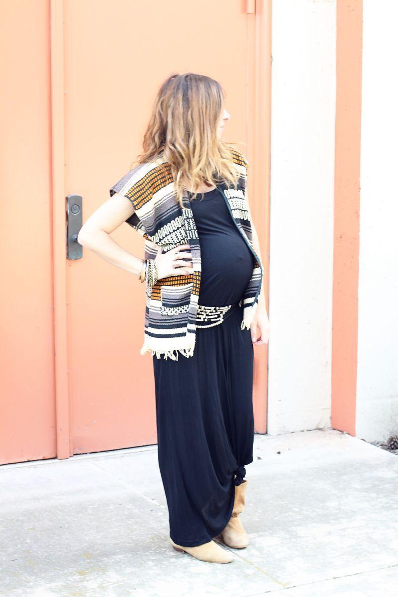 33fcca582 maternity street style