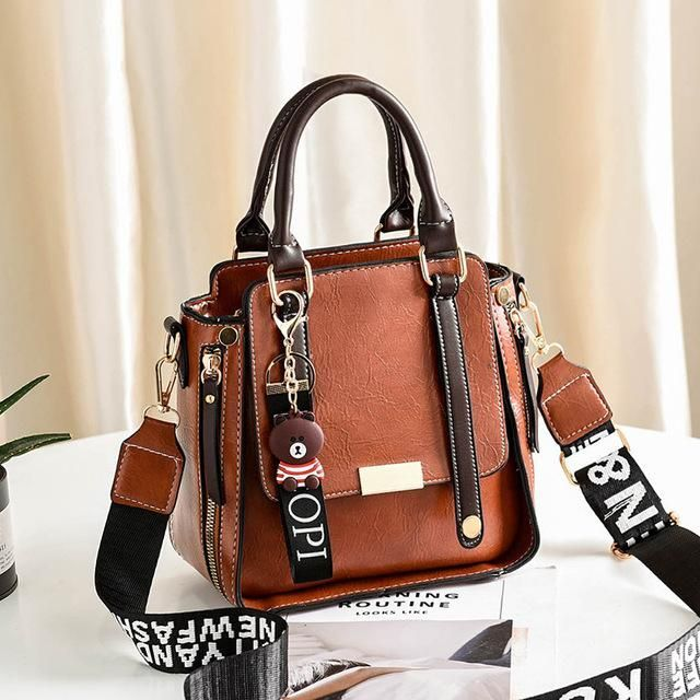 New Vintage Women Leather Handbags Zipper Decorative Women Bags Designer Bucket Bag Fashion Tassel Female Shoulder Crossbody Bag  zippergreen 20cm Bags travel