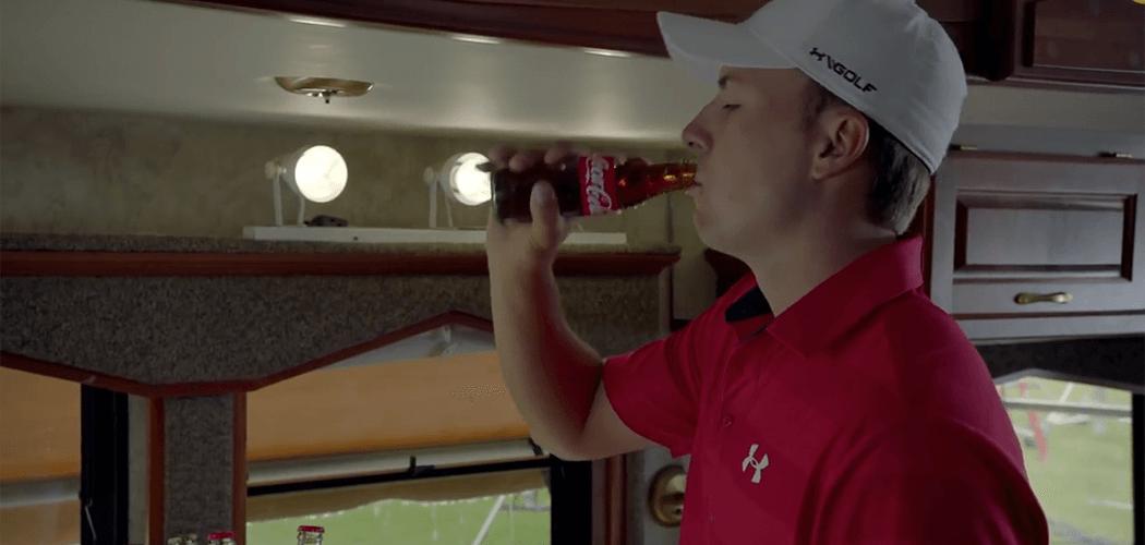 Bei Jorden Spieth läuft´s! Zwar hat der aktuell Weltranglistenzweite vor Kurzem seinen Titel beim Golf-Masters in Augusta nicht verteidigen können, hat davor aber mit...