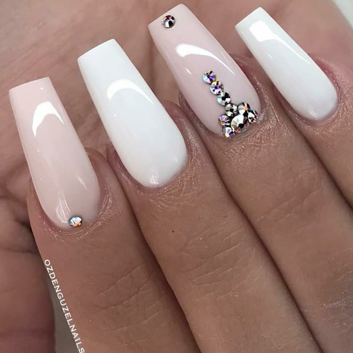 Tapered Square Nails White And Pink Nails Nails With Rhinestones Acrylic Nails Spring Nails Square Nails Square Acrylic Nails Rhinestone Nails
