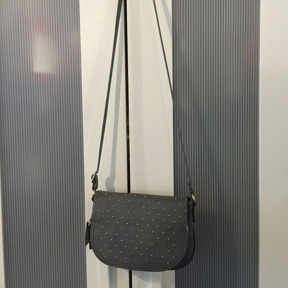 Crossbody purse. NWT!! Brand new with tags Crossbody bag. Gray with gold studding and accents. Apt. 9 Bags Crossbody Bags
