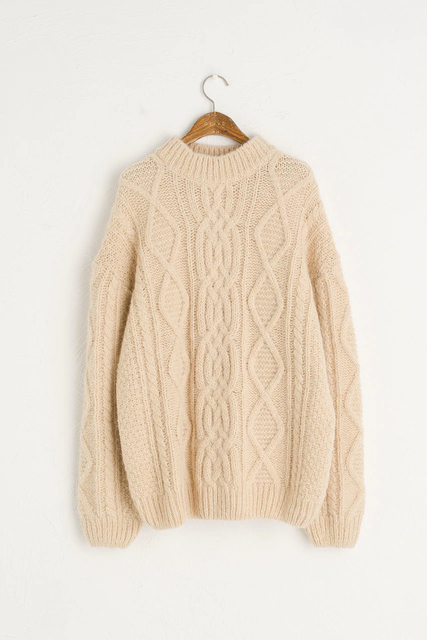 Chunky Aran Pullover, Beige