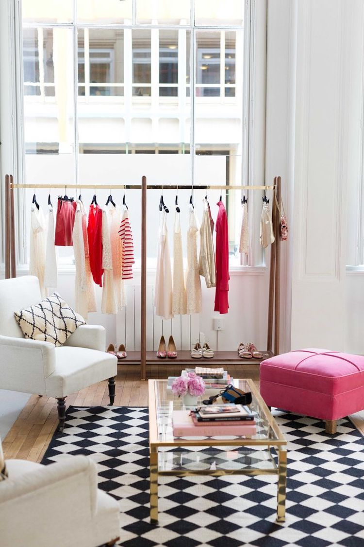 A French Girl S Guide To Nyc Boutique Interior Showroom