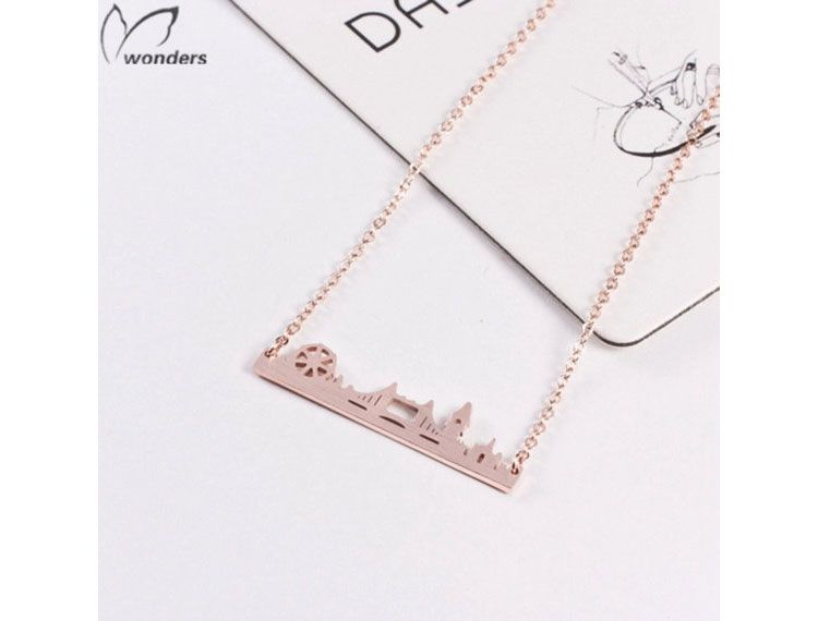 This pretty necklace of the outline of London's Skyline is perfect for brides celebrating in the capital.