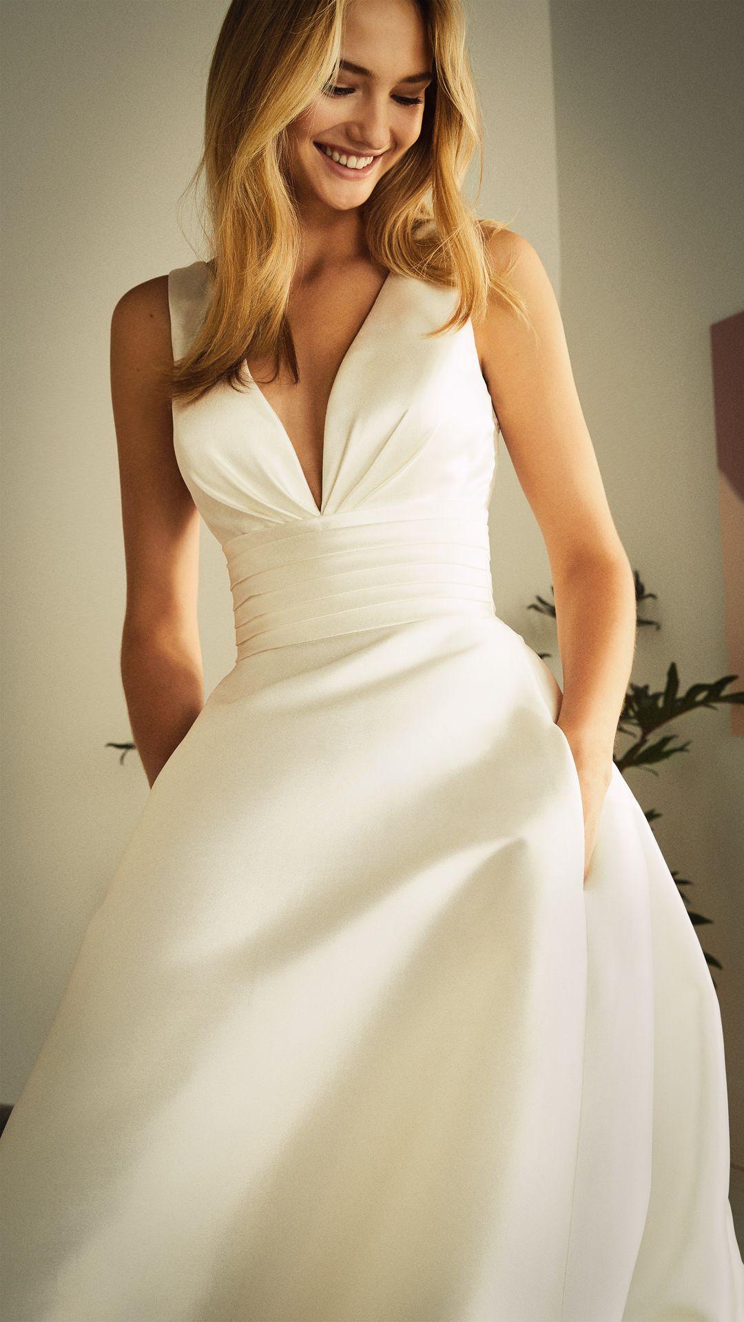 Neue Brautkleider für 2020 :: White One