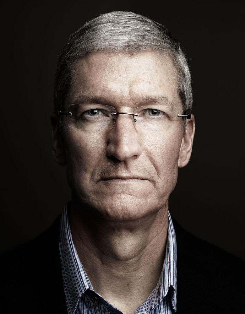 Portrait: Tim Cook, CEO of Apple | by Marco Grob ( website ...