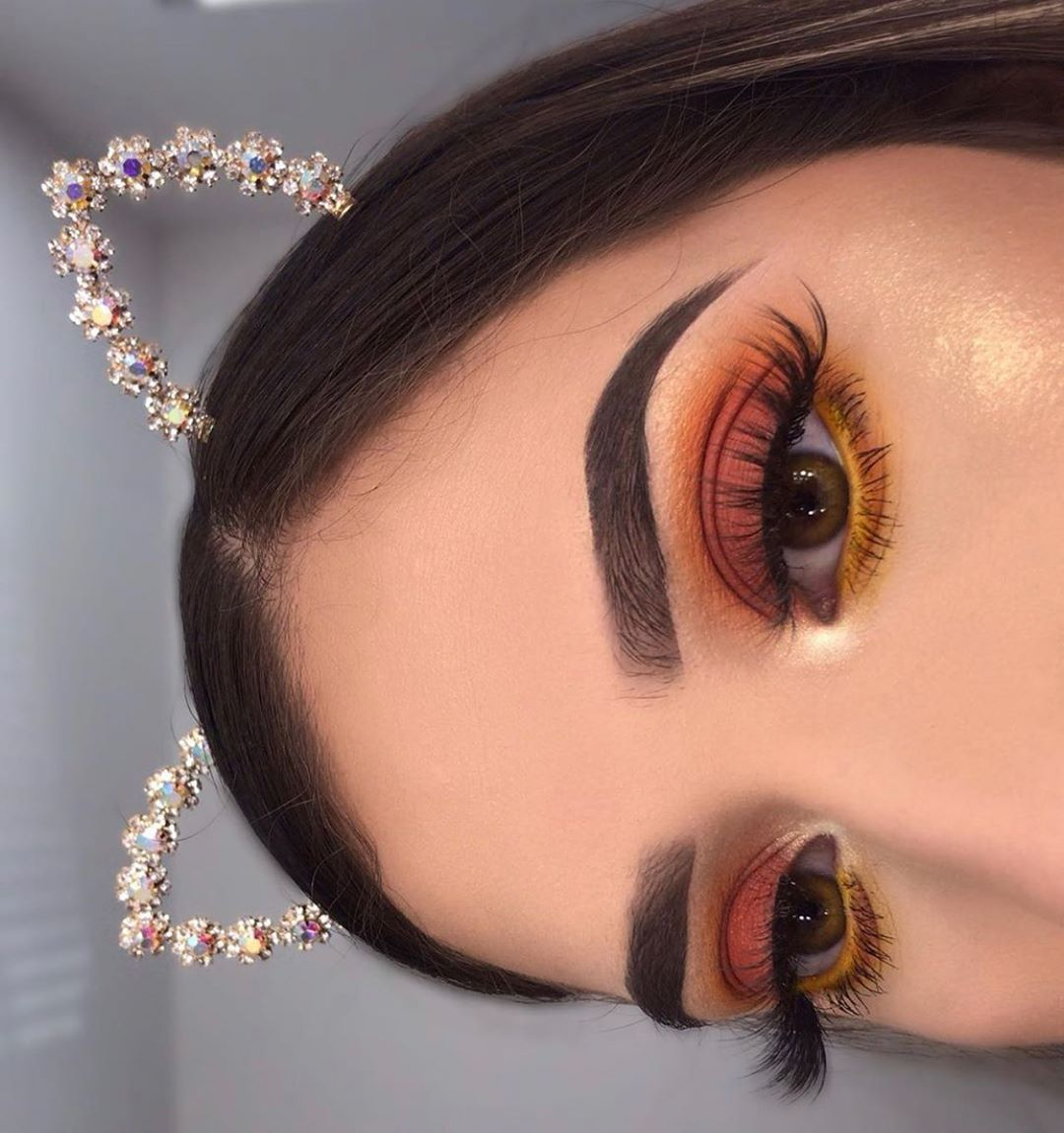 𝐆𝐋𝐀𝐌 𝐌𝐀𝐊𝐄𝐔𝐏 & 𝐓𝐈𝐏𝐒 on Instagram in 2020 Eye makeup, Glam