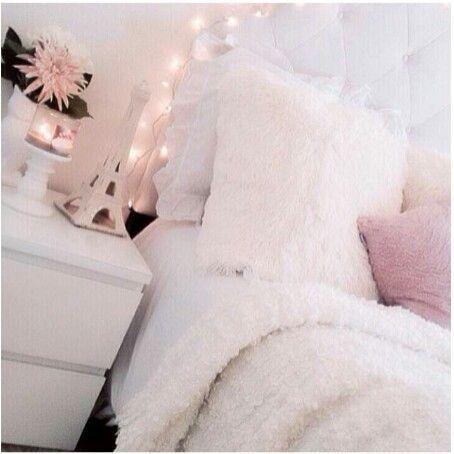 Planche d\'inspiration pour une chambre rose poudrée | Bedrooms ...