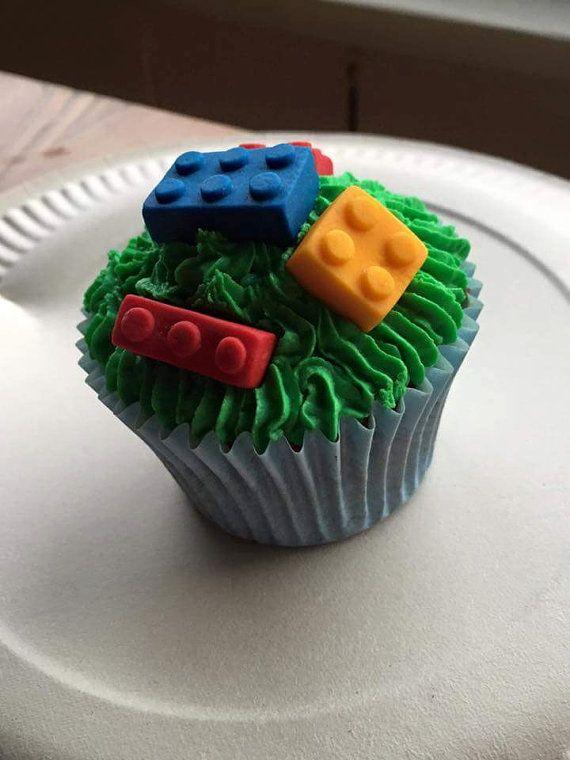 Handmade Fondant LEGO figures et briques 24 pièces comestible cake topper
