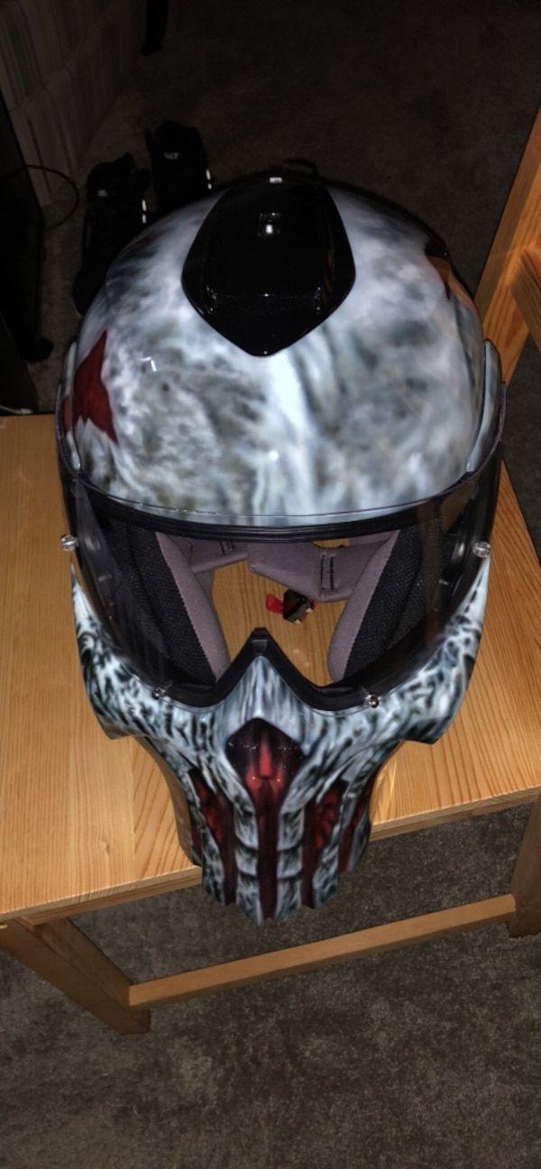 Used Rezzar Punisher helmet 1,100 retail, hand painted