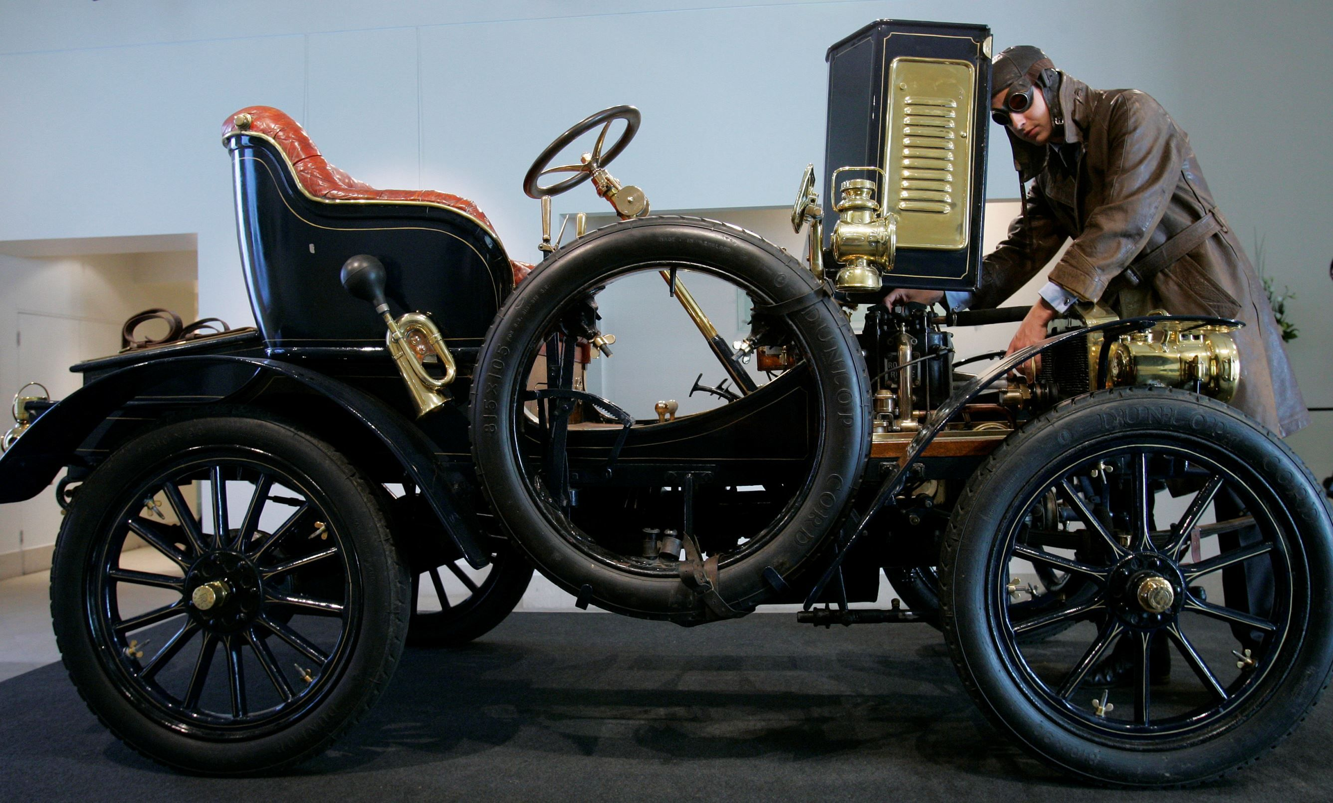 Most expensive car – veteran The world\'s oldest surviving Rolls ...