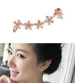 새로운 한국어 보석 피어싱 귀 뼈 클립 fangzuan plum 꽃 단일 귀 클립 도매