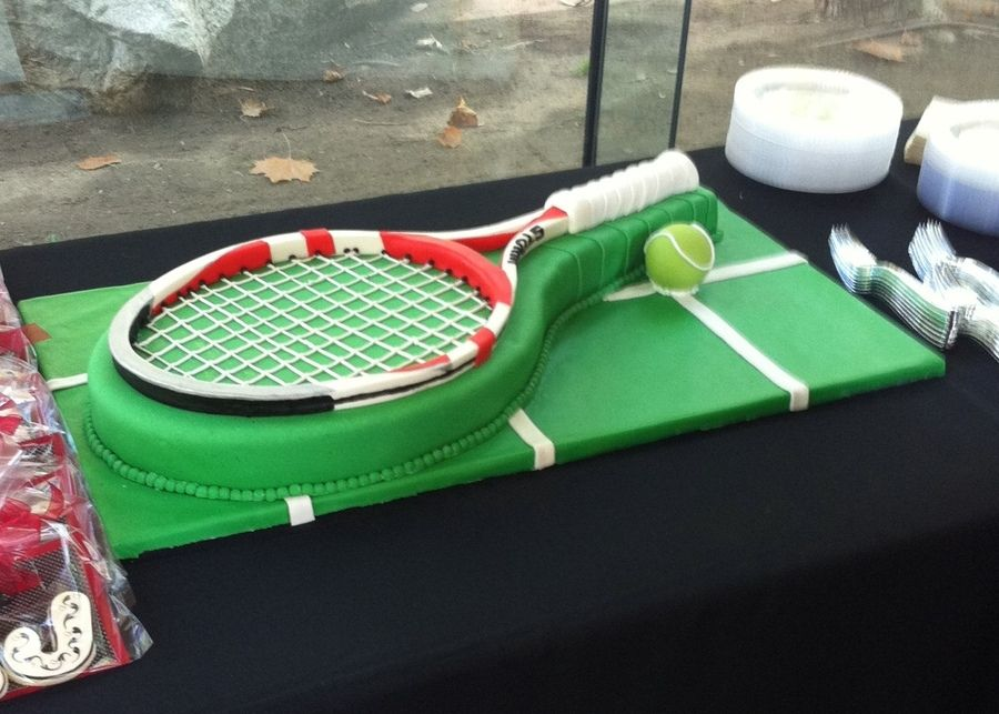 Tennis Cake Tennis Raquet Made From Home Made Fondant Chocolate