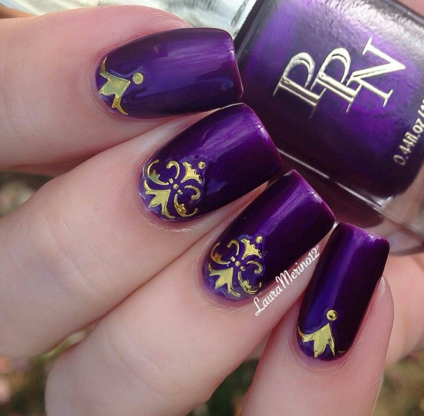 Royal purple & gold nail art | nail art | Pinterest | Gold nail art ...