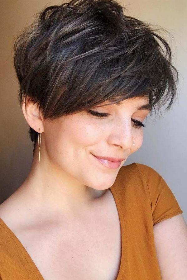 Medium Pixie Hairstyle Pixiehairstyles Pixiecut Shorthair Hairstyles Brownhair By Odessa Thick Hair Styles Longer Pixie Haircut Hair Styles