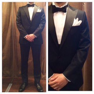suit:ネイビータキシード shirt:白ピンタック bowtie:ブラックシルクサテン  #新郎#カジュアルウエディング