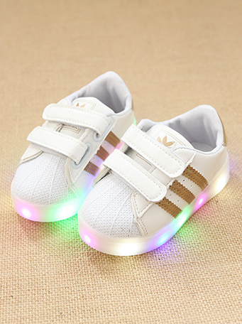 79a0921cd91 adidas chaussure led