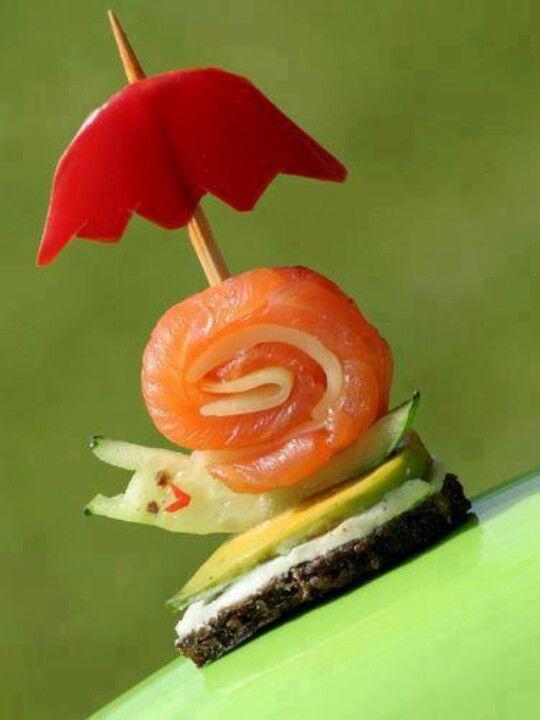 Eine ganz liebe Schnecke - doch lieber nicht essen! Sushi with Umbrella / Snaily snail