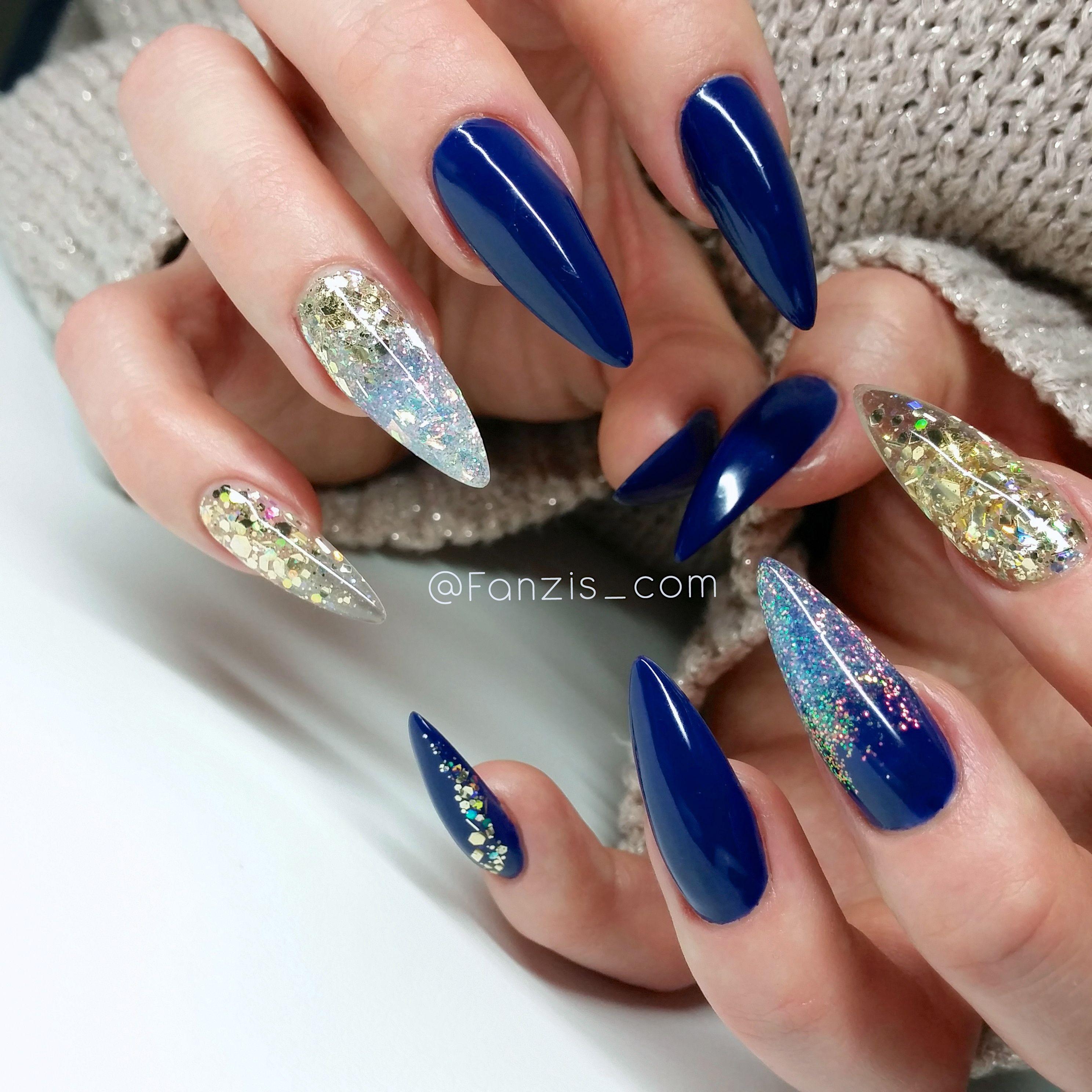 blue glitter nails   • N A I L S • Ig @fanzis_com   Pinterest ...