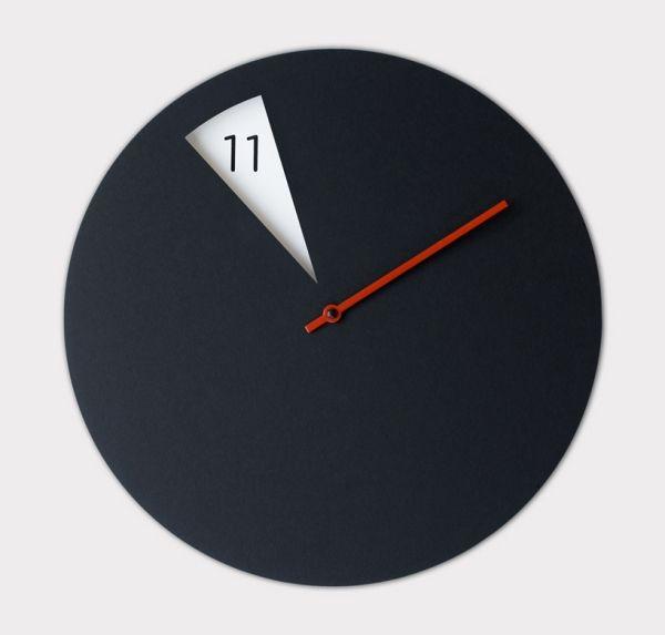 Clock   Design / Wanduhren Sabrina Fossi Schwarz Roter Uhrzeiger