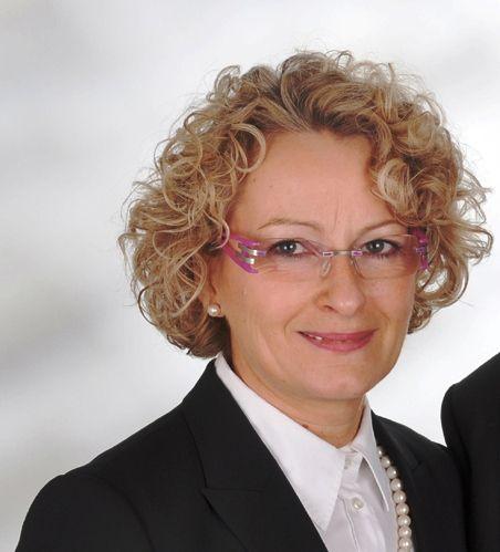 elegant German funeral director