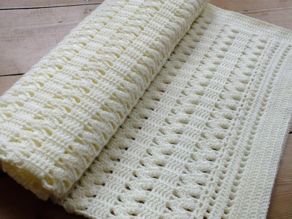 Soft Cream ZigZag Crochet Baby Blanket; basic pattern similar to ...