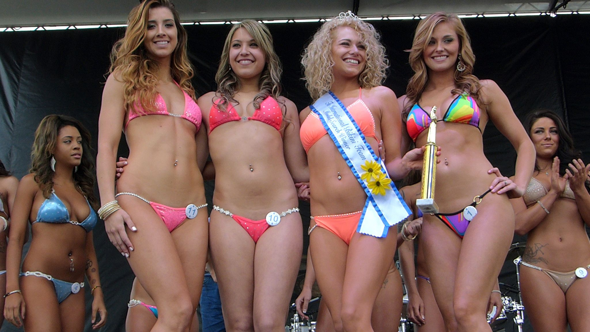 Lindsay lohan bikini movie