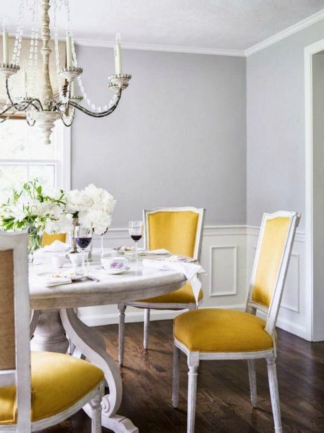 Elegant Esszimmer Wohndesign | Messing Holz Esstisch | Wohn Designtrend | Luxus  Möbel | Esstisch Samt