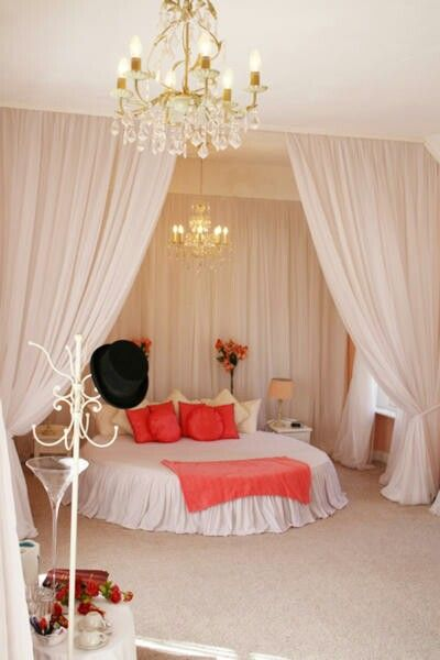 Round Bed With Curtains Bed Design Room Circle Bed