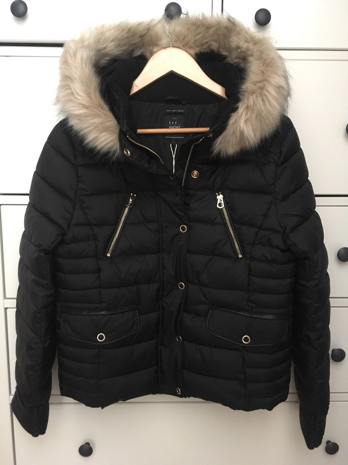 7c12556f092 ZARA BLACK QUILTED JACKET PUFFER ANORAK WITH FAUX FUR HOOD, SIZE S.   eBay