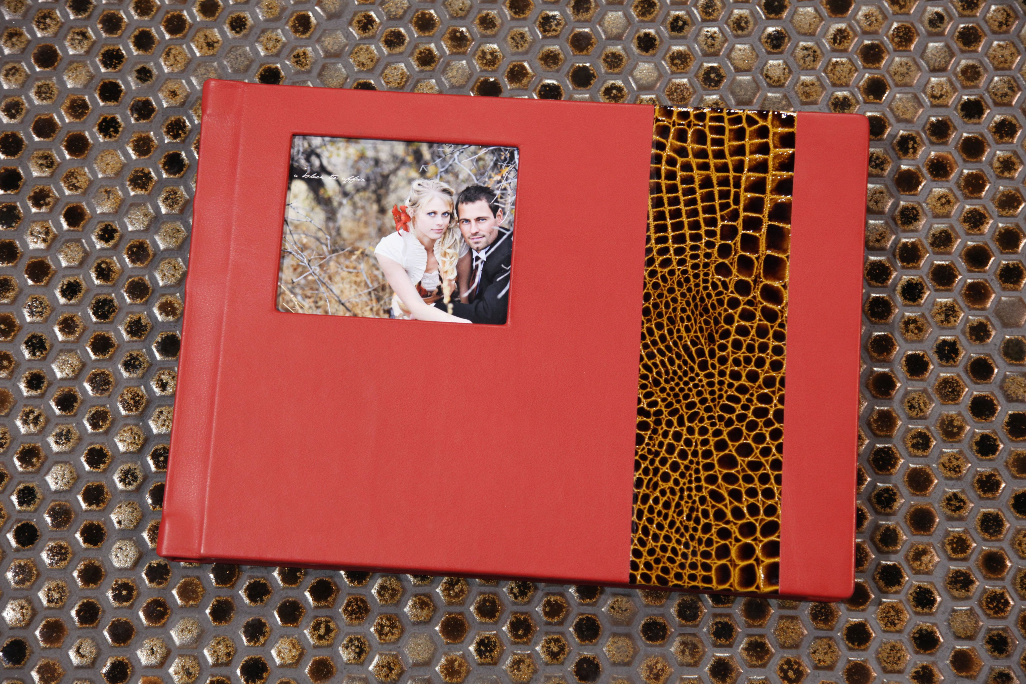 Finao Album Scarlet Ohara Leather With Patina Leather Accent